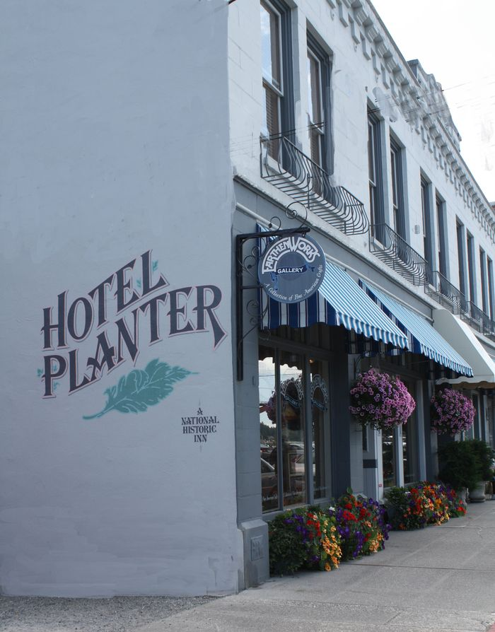 Hotel planter flowerboxes and baskets