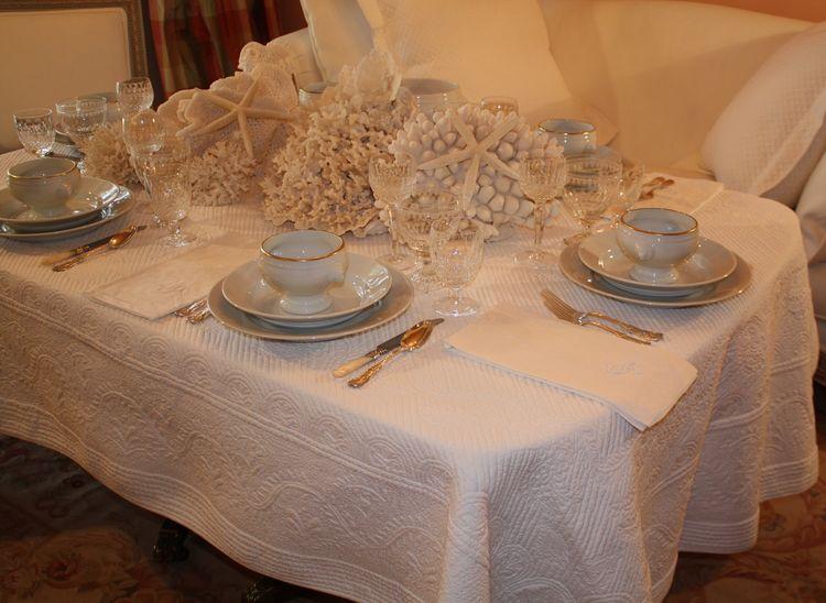 2011_03_27_5000 tablecloth