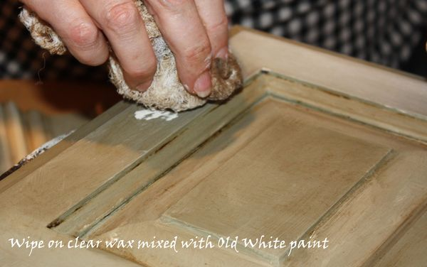Annie Sloan: Chalk Paint Inventor's American Tour - Swede