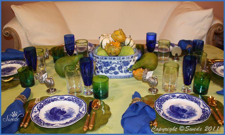 Blue turkeys border logo