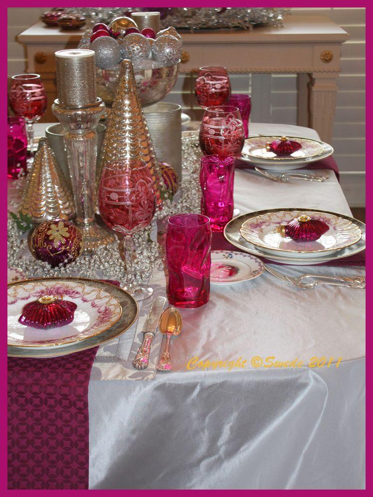 Maroon table light