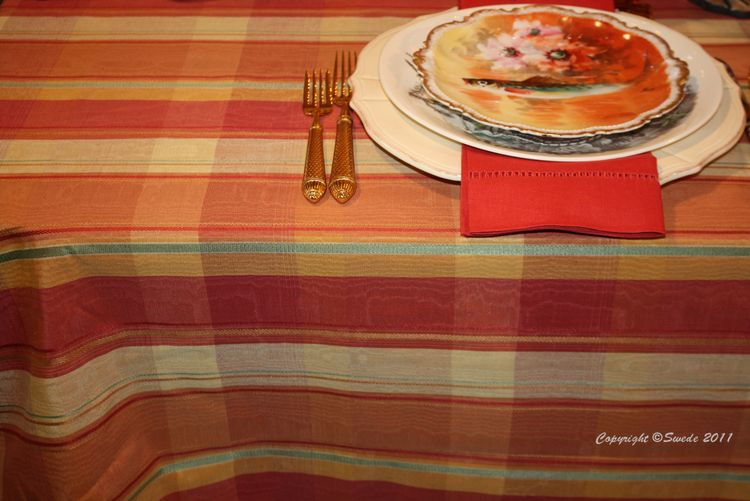 Moire tablecloth 8817