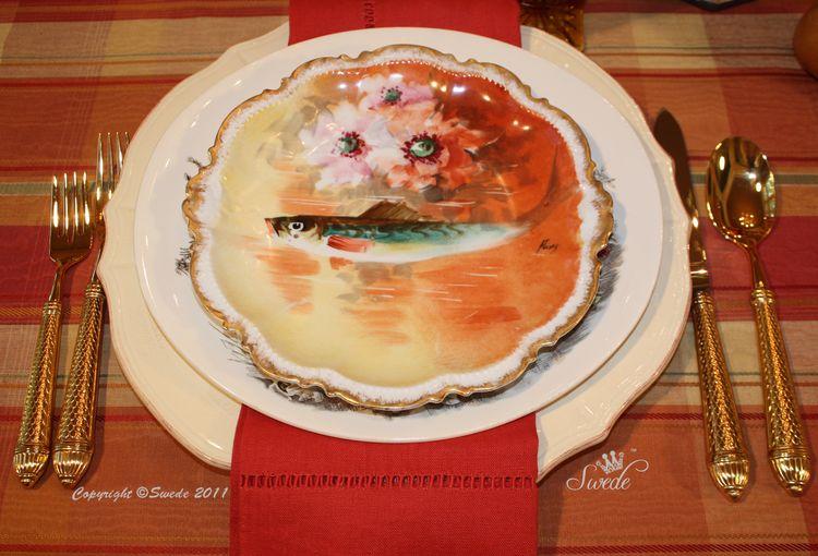 Orange fish plate 8815