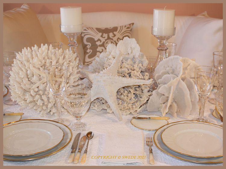 White tablelogo