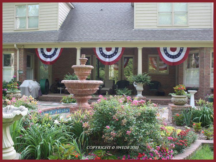 Patriotic bunting 3 panels on porch logo