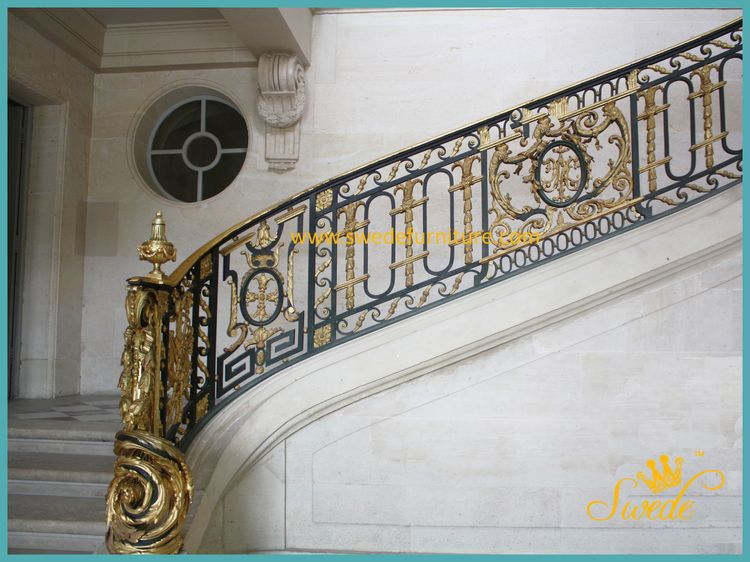 Staircase Petite Trianon Versailles Swede logo