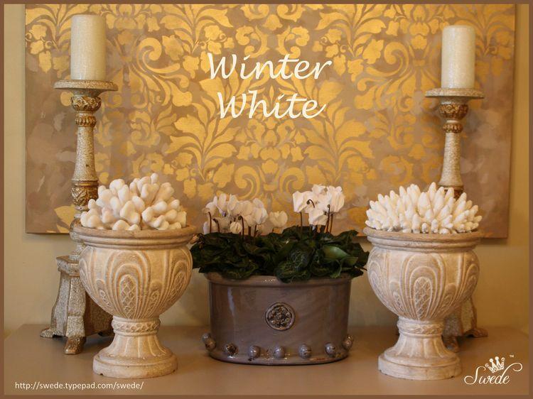Winter white logo