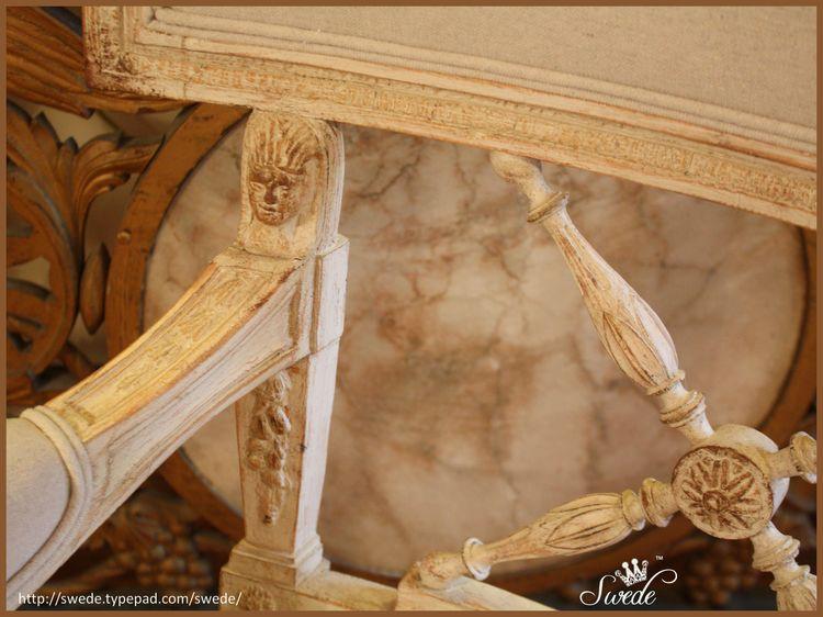 Chair detaillo