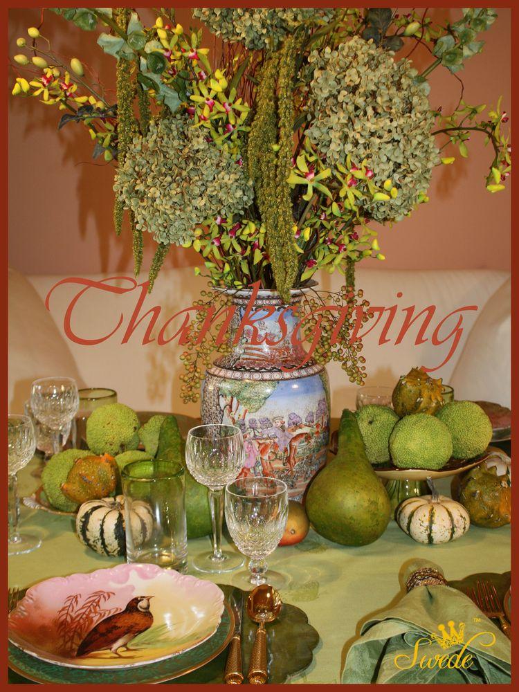 Thanksgiving table logo