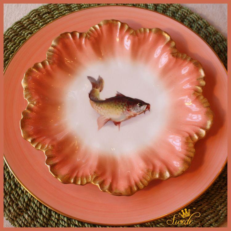 Peach fish platelogo