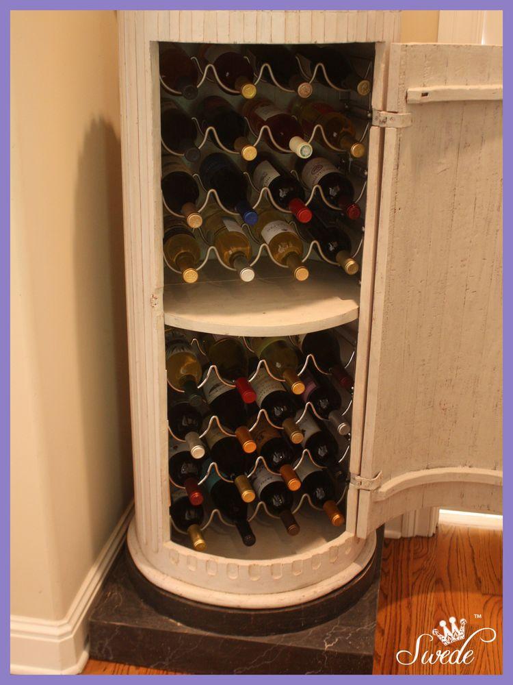 Inside column wine cabinetlo