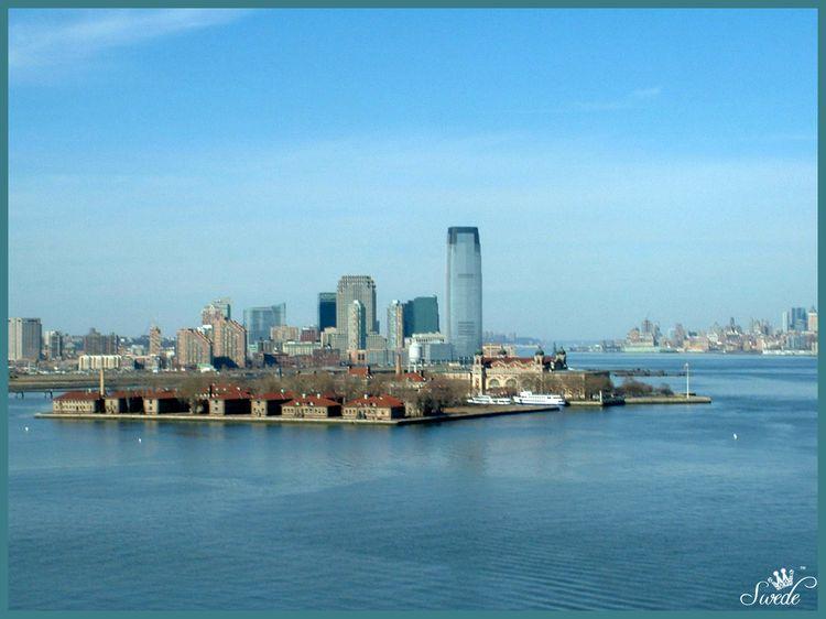 5 buildings on Ellis Island lo