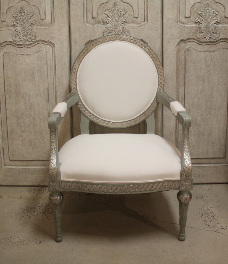 SC037 Rolling Coin Chair Swede Furniture