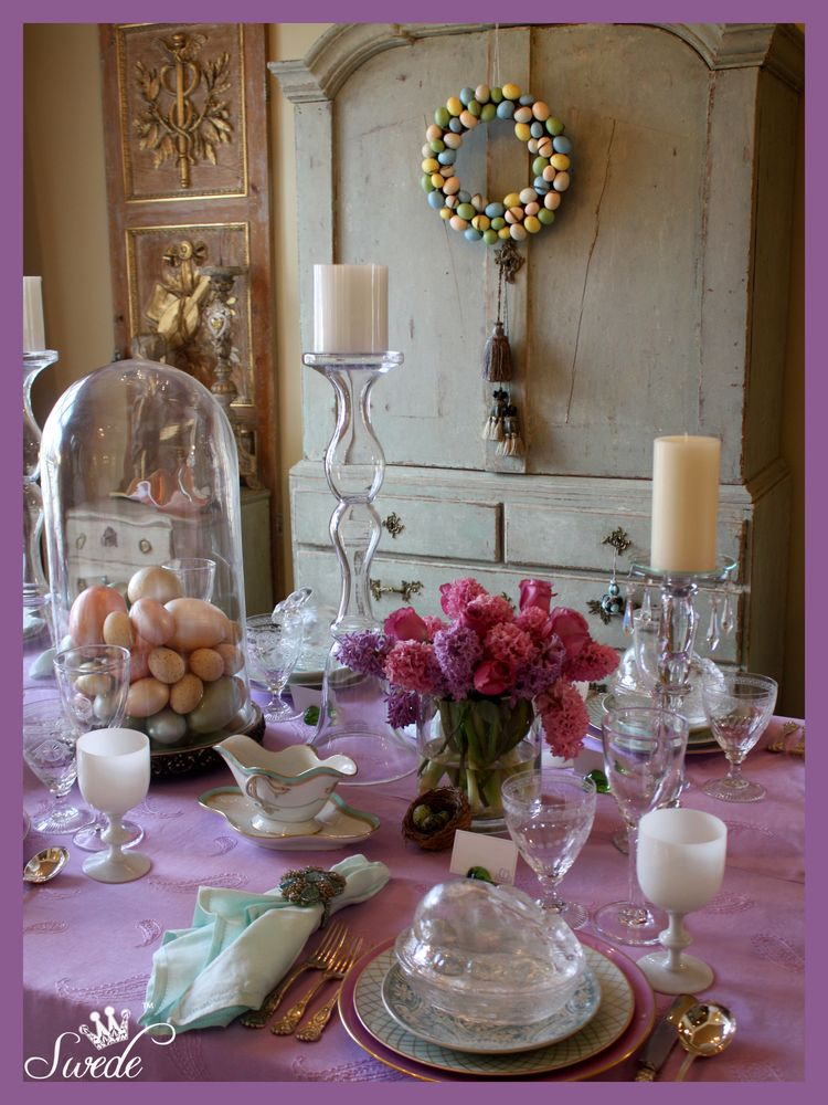 Link up party, Centepiece Wednesdays, Wednesday linky party, The Style Sisters, spring decorating, Princess crowns, Easter Tablescapes
