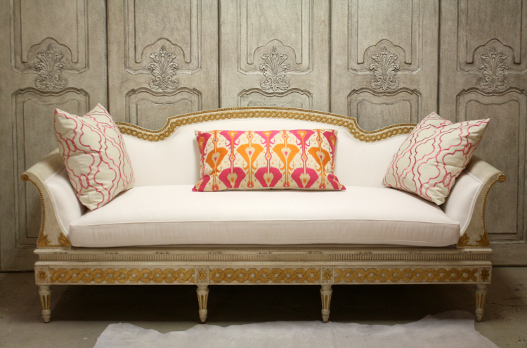SC0041 with Kravet Couture Pillows
