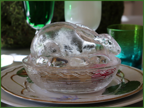 Bunny glass box